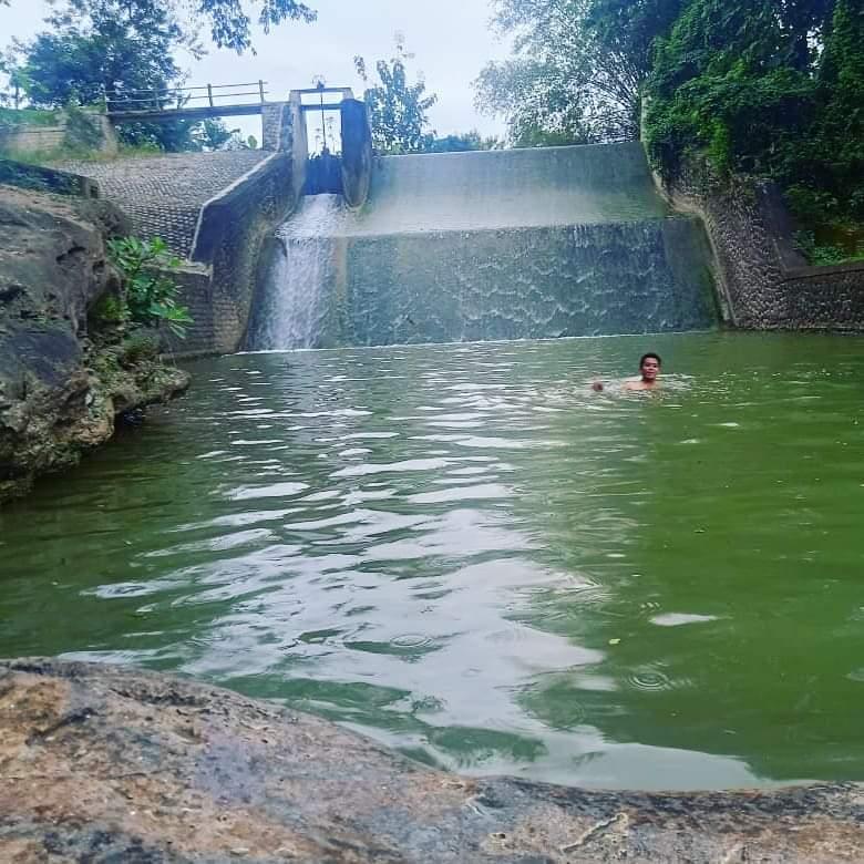 Refreshing Gratis di Sambong Juron