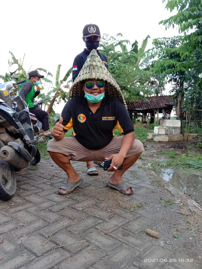 Jum'at Silaturahmi, Belajar Peduli, di Central UKM Anyaman Bambu, Bendo Kidul