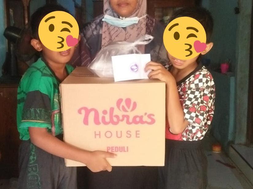 Berbagi Kasih pada Anak Yatim Piatu Bersama Nibras House Bangilan